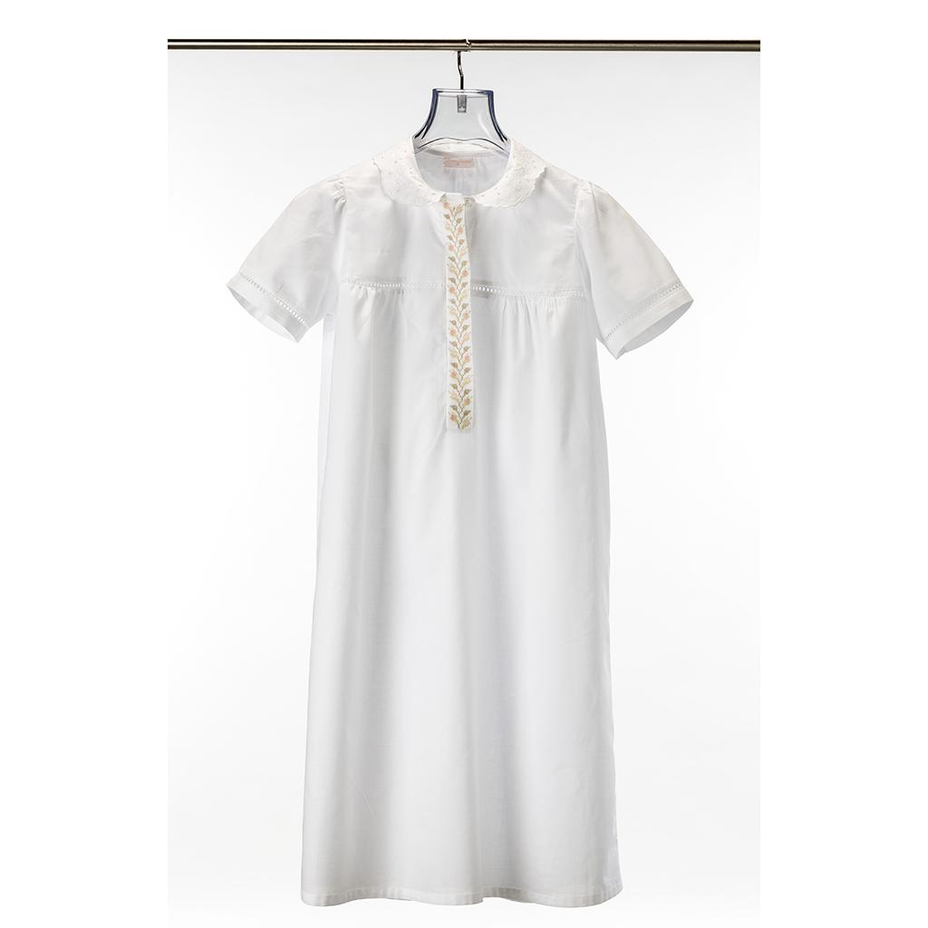 Sleeping Gowns - Teresa Alecrim